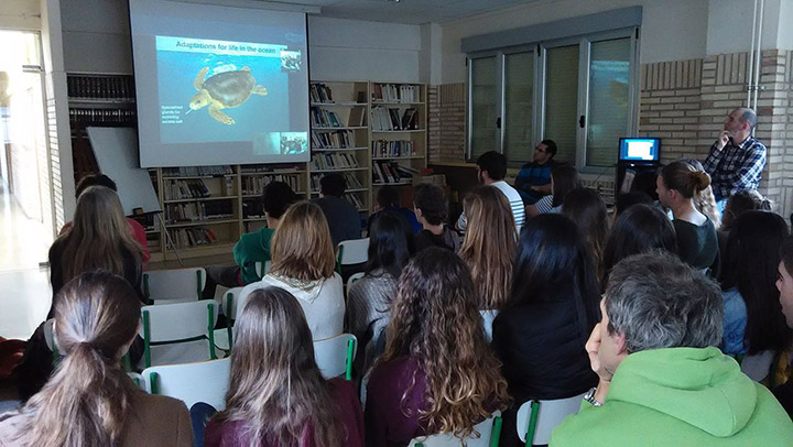 Skype in the Classroom - Sea turtle presentation by Gnaraloo Turtle Conservation Program